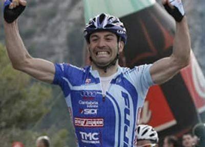 David de la Fuente (Fuji-Servetto), firma con Kec Pro Sport