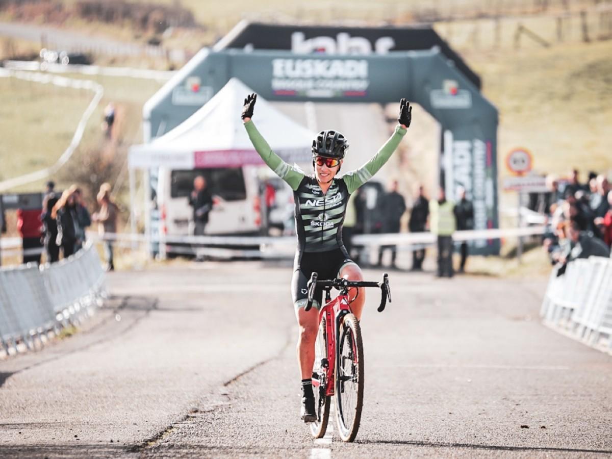 David Menut y Lucía González ganadores en el ciclocross de Ametzaga