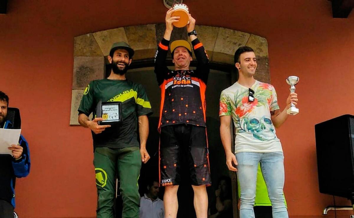 Díez Arriola leyenda del ciclismo cántabro logra su título regional número 25