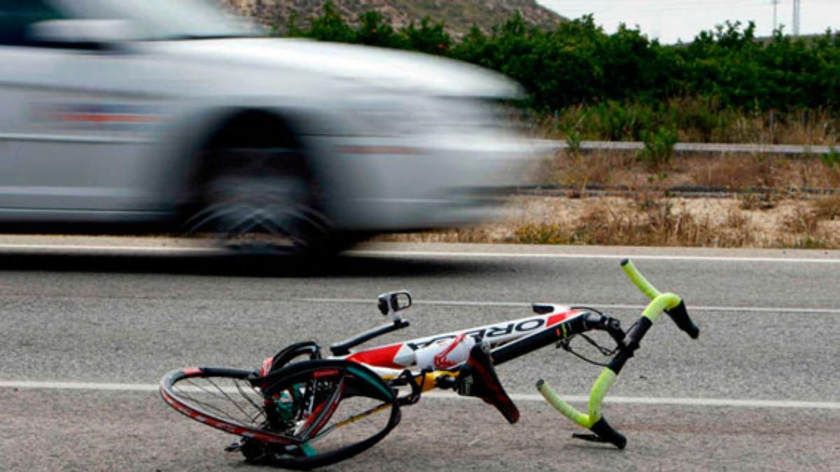 El desamparo de los ciclistas en un accidente
