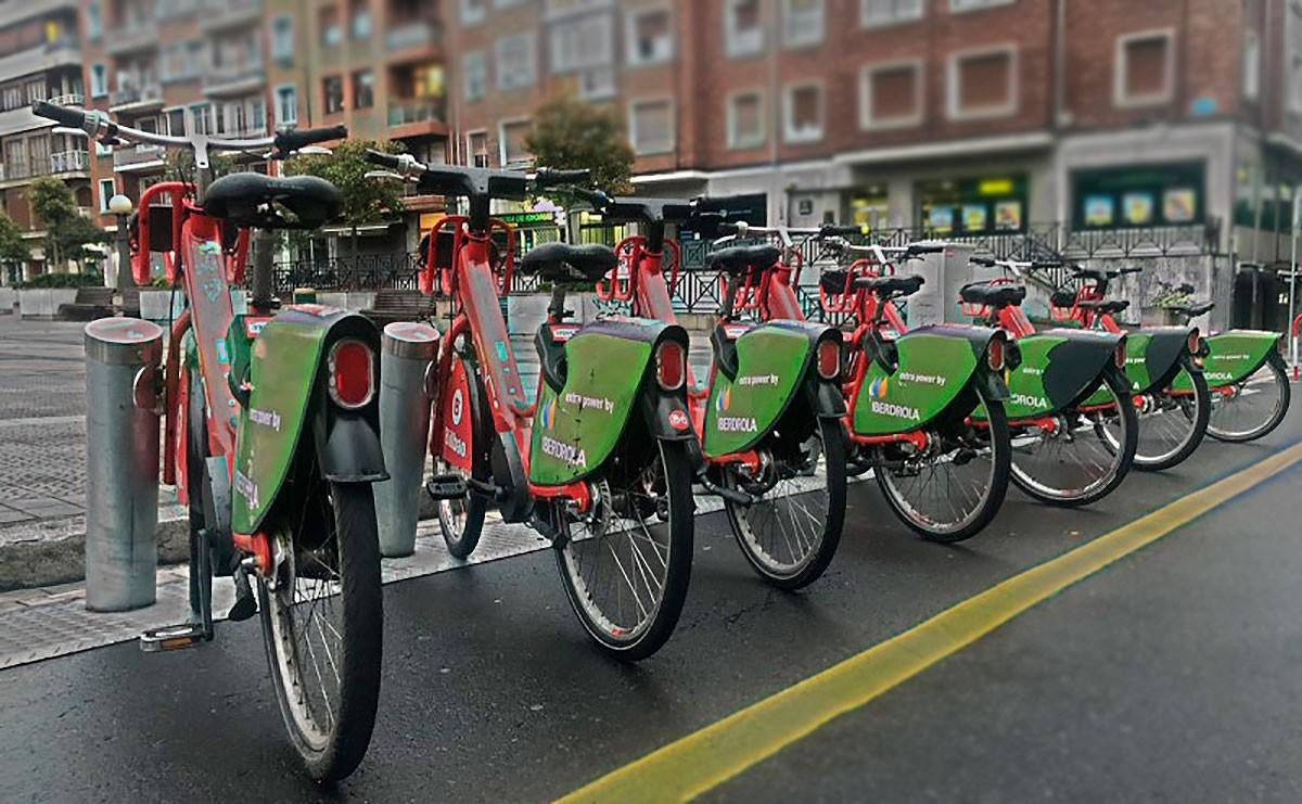 El Gobierno anuncia un plan de fomento de la bicicleta sin datos concretos