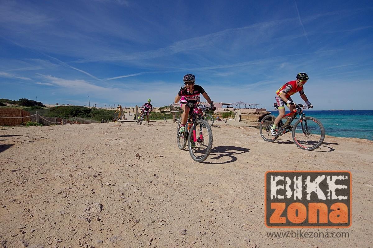 El XX aniversario de la Vuelta a Ibiza en Mountain bike Scott acaba con todos sus dorsales