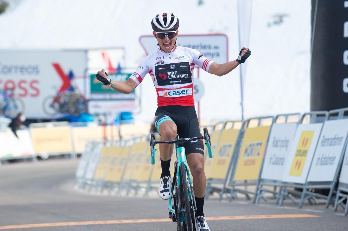 Esteban Chaves se lleva la etapa reina de La Volta