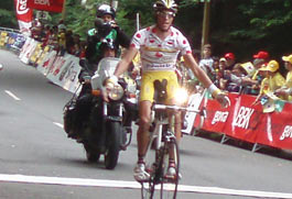 Victoria de etapa y final para Eros Capecchi en la Euskal