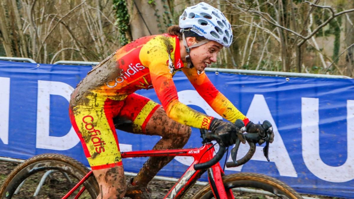 Felipe Orts y Lucía González llegan al Mundial de CX situados en el Top Ten UCI