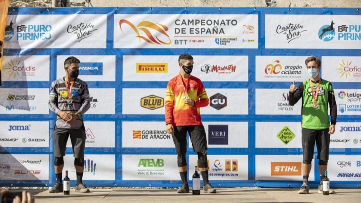 Gabriel Torralba y Sara Yusto se proclaman campeones de España de Enduro