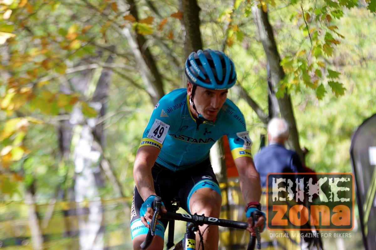 Gorka Izagirre disfruta del ciclocross a la espera de una nueva temporada con Astana
