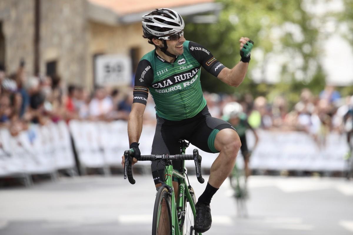 Jon Aberasturi gana en el Circuito de Getxo