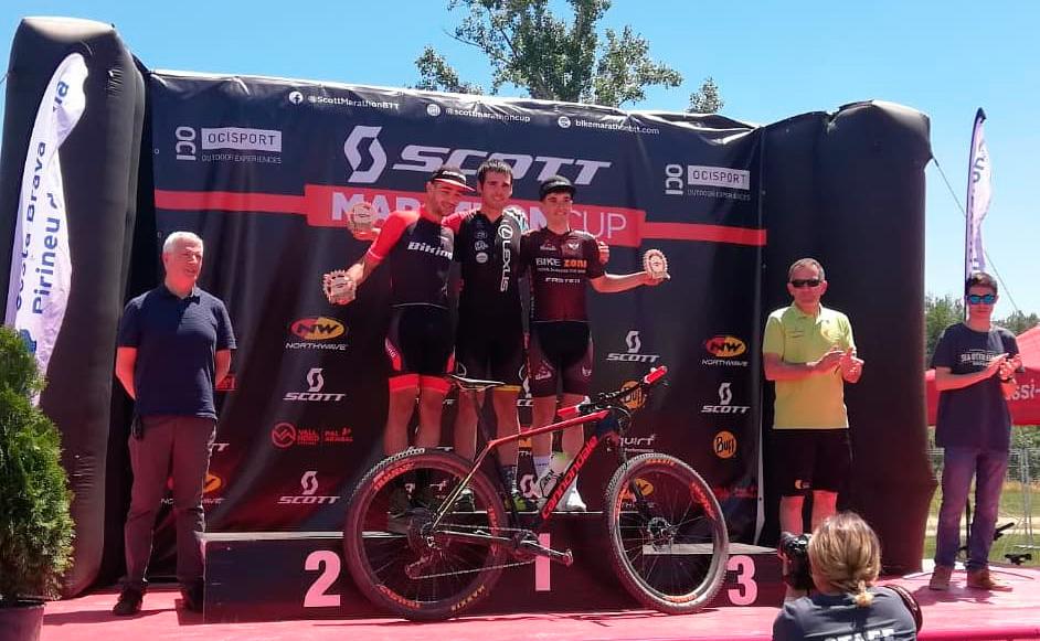 Jon Tena sube al podio en la UCI Marathon Cup BTT de Girona