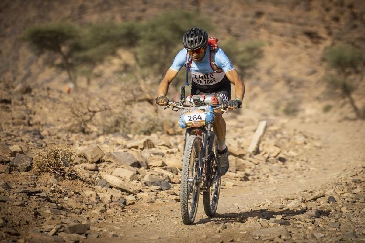 Josep Betalú y Ramona Gabriel ganan con la llegada del desierto a Titan Desert