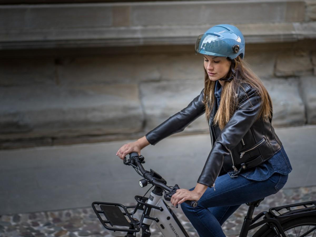 Kask lanza dos innovadores cascos urbanos para bicicleta