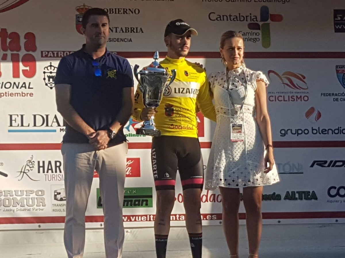 Kiko Galván continúa líder en la Vuelta a Cantabria
