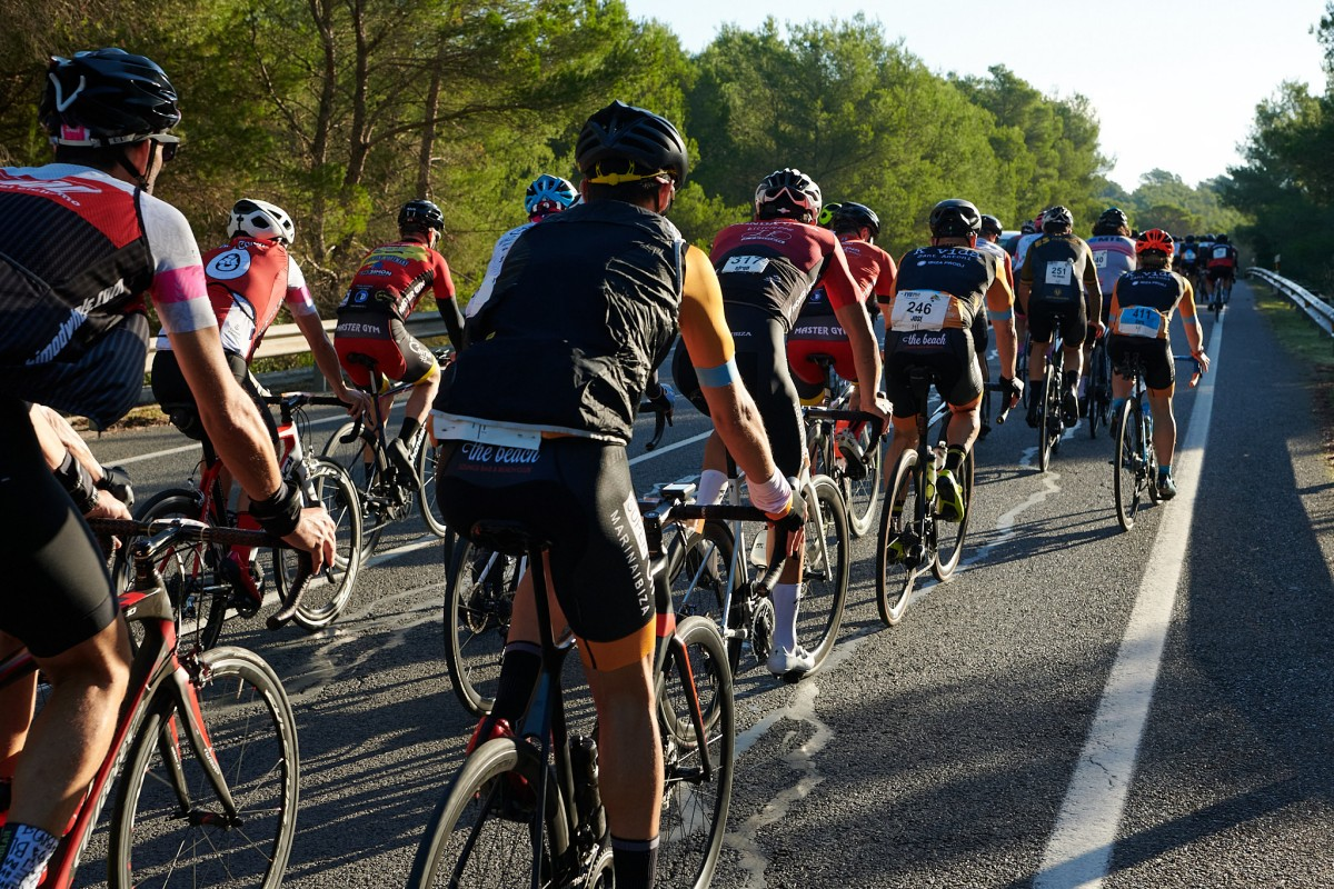 La Vuelta Cicloturista a Ibiza Campagnolo 2021 homenajea a Ricardo Ten en su segunda etapa