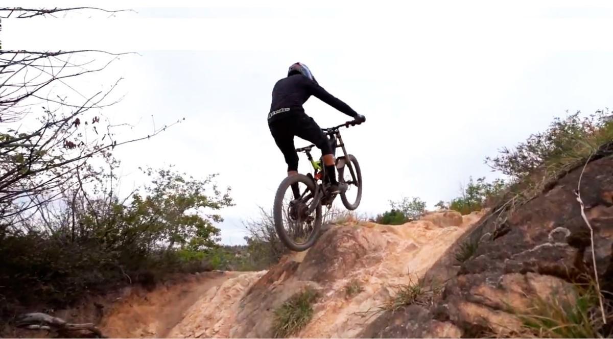 Llega el concepto de Moto-Bike con la SEM Adventure