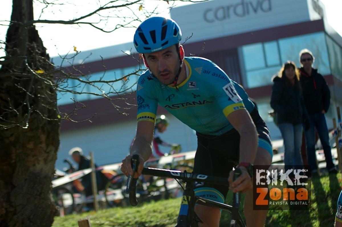 Los hermanos Izagirre dominan en el ciclocross de Ormaiztegi