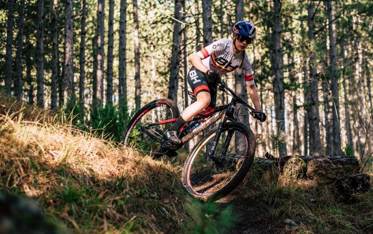 Los mejores bikers del MTB español estarán en Valdemorillo para celebrar su XXX Aniversario