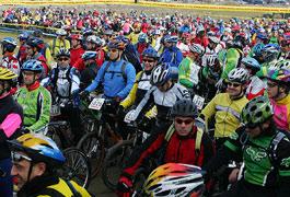 El Equipo Olímpico de MTB se presenta en La Marcha de Valdemorillo