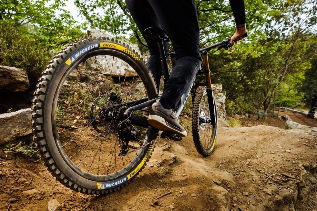 Michelin lanza cuatro nuevos neumáticos de descenso: Hechos para la competición