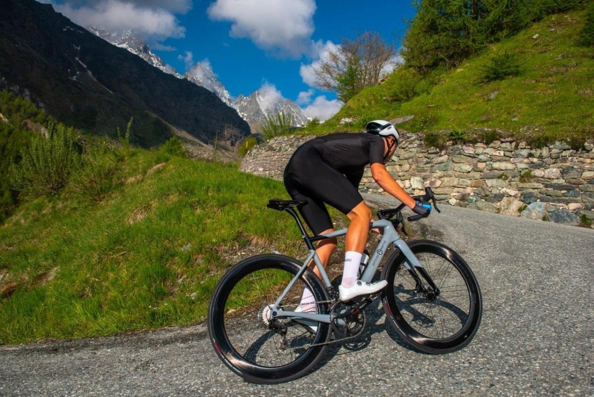 OFFICINE MATTIO lanza OM1 S la bici de carretera 100% Made in Cuneo