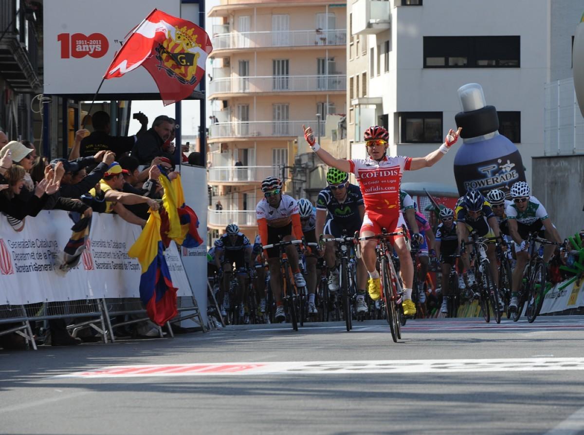 Tarragona salida de etapa en la Volta del centenario