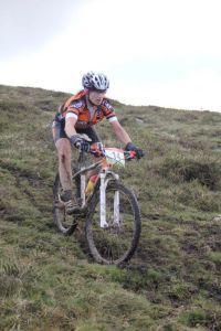 Mónica Carrascosa del BikeZona Team sube al podio en Llanes