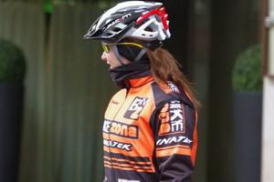 El equipo Bikezona Team rumbo a Pirineos