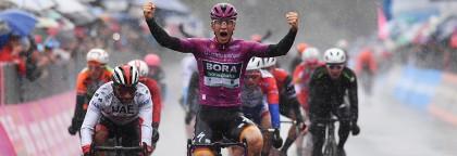 Ackermann gana bajo la lluvia el día que Dumoulin se despide
