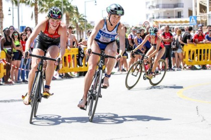 Águilas prepara una gran semana de triatlón en el año previo al Mundial Militar