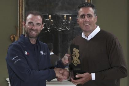 Alejandro Valverde entra en la leyenda y gana el Velo D Or