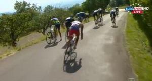 Vídeo con la caída de Contador y Froome