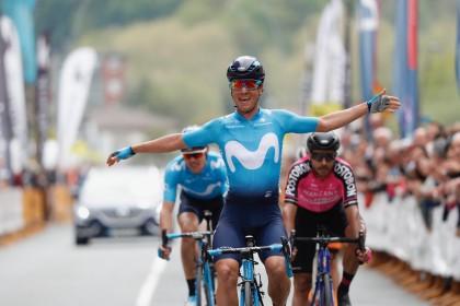 Carlos Betancur prolonga la racha de Movistar Team en Amorebieta