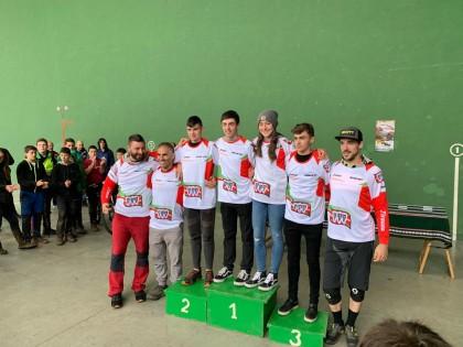 Comenzó el Open de Euskadi de descenso con Diez Arriola en el podio