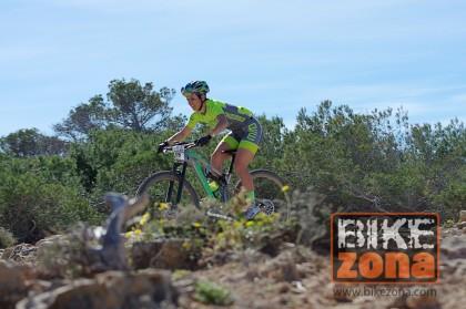 Crece la participación femenina en La Vuelta a Ibiza MTB