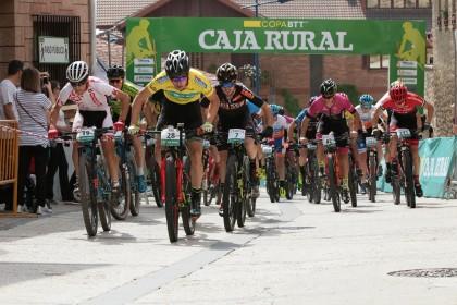 Diego Latasa y Karla Kortazar logran la victoria en Dicastillo