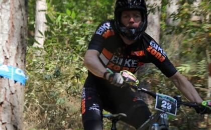 Díez Arriola logra en el Enduro de Arrasate el segundo podio del fin de semana