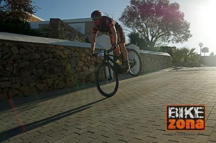 El Bikezona Team estará un año más en la Vuelta a Ibiza MTB