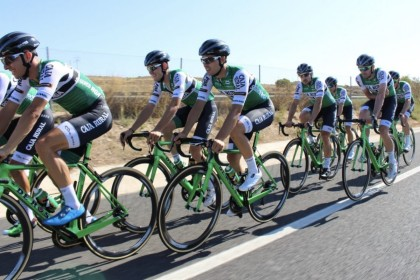 El casco Spiuk Aero Profit se estrena en La Vuelta con el Caja Rural-Seguros RGA