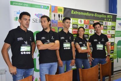 El equipo Extremadura-Ecopilas se presenta en Plasencia
