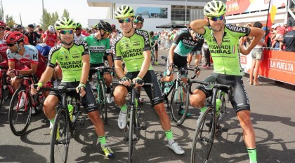 El Euskadi-Murias se concentra en Benidorm con 20 corredores