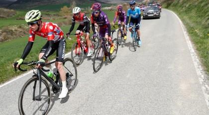 Euskadi-Murias se mantiene en el podio de la Itzulia