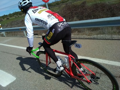 Fin de semana brillante para los deportistas de Spicles Bikes