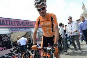 Giro de Italia: Samu Sánchez roza  la proeza en la cronoescalada