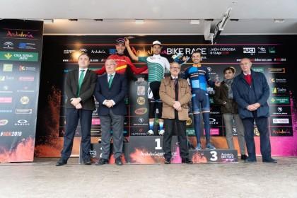 Hans Becking y Natalia Fischer primeros líderes de la Andalucía Bike Race 2019