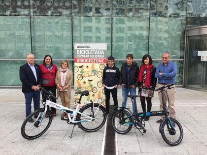 I Bicicletada Popular Solidaria Bridgestone en Bilbao