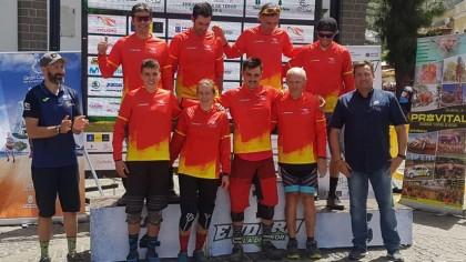 Iago Garay y Marketa Michalkova los más rápidos en el Open de España de Enduro de Teror