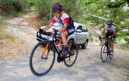 Irene Méndez, y Daniel Arenas triunfan en la Sierra Nevada Límite
