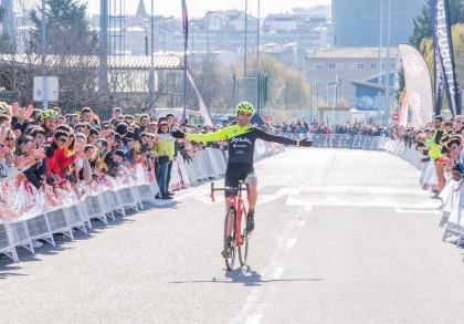 Javier Ruiz de Larrinaga se despide del ciclocross con un bronce en los nacionales
