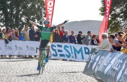 Jonathan Lastra logra su primera victoria como profesional
