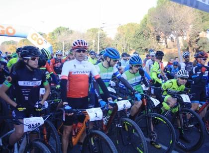 José Luis Carrasco y Roció Martín se llevan la Vuelta a Còrdoba