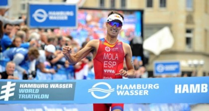 Mario Mola gana en Hamburgo y apunta a otro título mundial